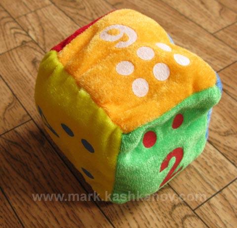 китайский кубик. мягкая грушка для ребенка
